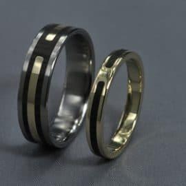 Fehérarany karikagyűrű, sárga arany karikagyűrű, karikagyűrű, titán karikagyűrű, egyedi karikagyűrű, design karikagyűrű, különleges karikagyűrű, design jegygyűrű, különleges jegygyűrű